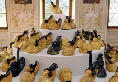 2012: Ausstellung und Buchvorstellung: Die Goldhaube im Passauer Land